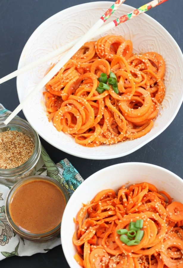 Curly Carrots with Spicy Sesame Sauce